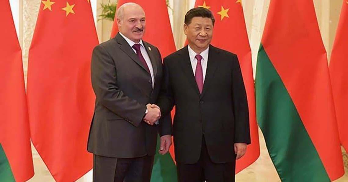 Kína Belarusz mellett van