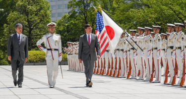 Japán is hadba készül?