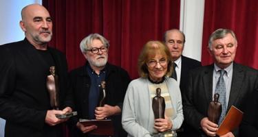 A liberális értelmiség kitüntette Németh Miklóst