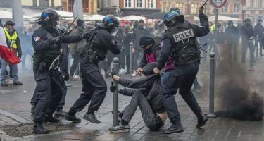 Franciaország: lázad a középosztály is