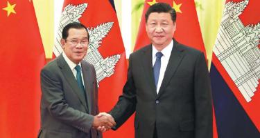 Kína: elég a liberális összeesküvés-elméletekből!