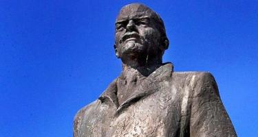 Lesz-e Lenin-szobor Nyugat-Németországban?