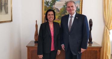 Munkáspárt: Nobel-békedíjat a kubai orvosoknak!