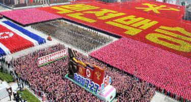 Július 27-e, a koreai nép Honvédő-Felszabaditó Háborújában aratott Győzelem Napja