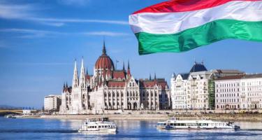 A liberálisoknak az USA-hoz való hűség fontosabb, mint Magyarország függetlensége