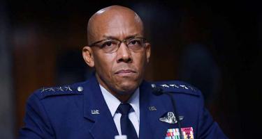 A feketebőrű generális háborúra készül Kína és Oroszország ellen