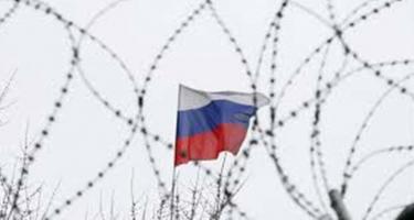 Ha árt az oroszellenes szankció, miért szavazza meg a kormány?