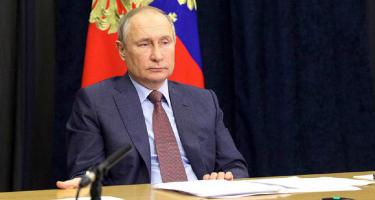 Mit szólna az USA, ha Kanadába telepítenének orosz rakétákat?