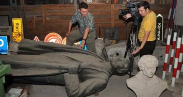 Szombathely: A liberálisok leszámolnak Leninnel