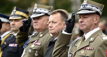 A lengyel hadvezetés keletre készül